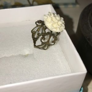 Flower ring. Size about 7